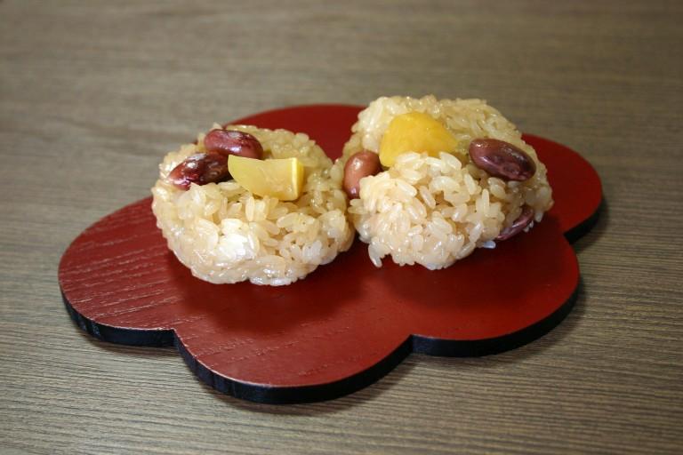 西山製菓(いが栗団子①)